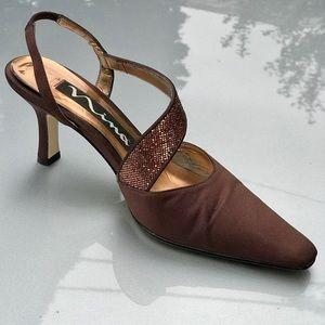 NINA Size 6 Sequin strap brown sling-back heels